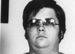 Убийце Леннона в пятый раз отказано в освобождении