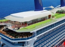Круизный лайнер класса «премиум» Celebrity Solstice