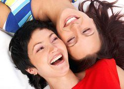 Тайны женского смеха. Какая она в постели?