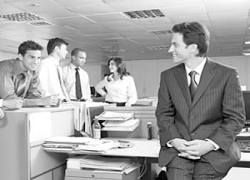 Подхалимаж на работе, или как завоевывается любовь начальства