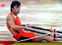 Китайского гребца сняли с олимпийских состязаний за забывчивость