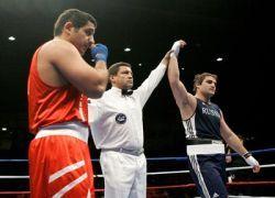 Третий российский боксер выбывает из соревнований