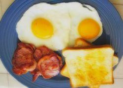 Полезен ли сытный завтрак?
