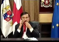 Саакашвили съел свой галстук