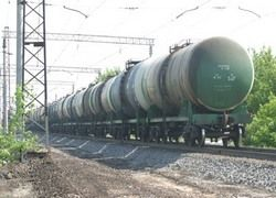 В Грузии прерваны железнодорожные перевозки нефти