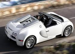 Bugatti Veyron с открытым верхом разгонится до 349 км/ч