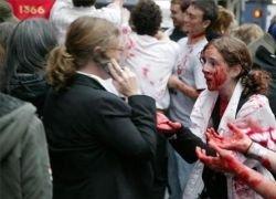 Парад зомби на улицах Нью-Йорка