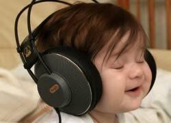Слушать музыку и учиться