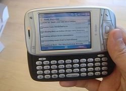 HTC, T-Mobile и Google выпустят GPhone