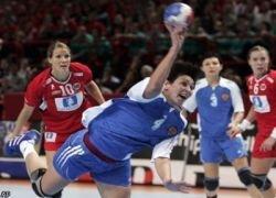 Российские гандболистки вышли в полуфинал
