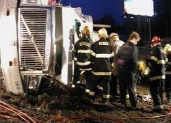 В Бразилии грузовик с людьми врезался в стену
