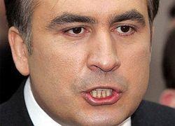 Кто продлевает политическую жизнь Саакашвили?
