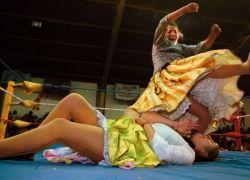 Женский реслинг в Боливии