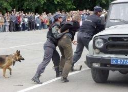 Охрану московских школ доверят женщинам