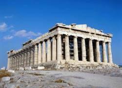 Памятники Греции перестали привлекать европейцев