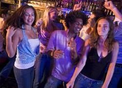 Ноги танцующих дадут электричество голландскому ночному клубу