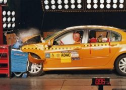 Ужасающие результаты крэш-тестов 5-звездных авто