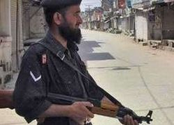 Атака смертников на военный завод унесла жизни более 40 пакистанцев