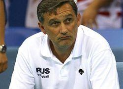 Тренер женской сборной России по волейболу подает в отставку
