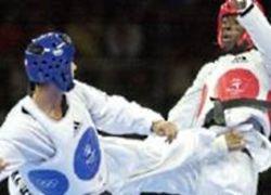 """Кубинский борец променял олимпийскую \""""бронзу\"""" на пинок в голову судьи"""