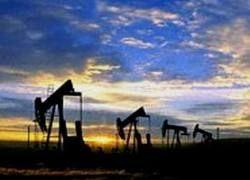 Мировые цены на нефть упали более чем на 5%