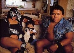 Суровые мексиканские рестлеры
