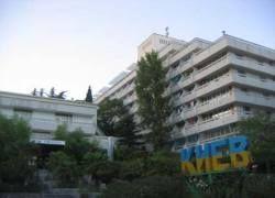 Юрий Лужков купил уже восьмой санаторий в Крыму