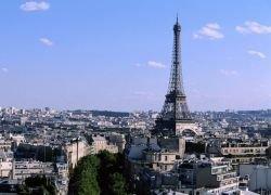 Угонщики суданского самолета хотят лететь в Париж