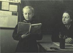 Профессия  учителя остается в России одной из самых дефицитных