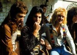 Группа Queen расскажет украинцам об опасности СПИДа
