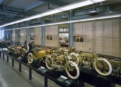 Музей Harley-Davidson в Милуоки - мотоциклетная Мекка
