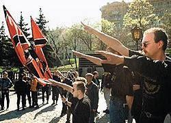 Сербия требует выдачи американца-нациста