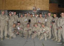 Солдаты американской армии играют в Xbox