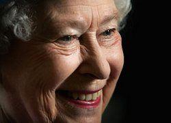 Английская королева просит денег