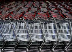 Потребители по всему миру вынуждены менять свою модель поведения