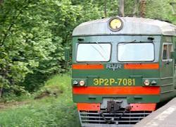 Свадебный кортеж попал под поезд