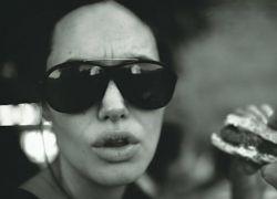 Приватные фотографии Анджелины Джоли