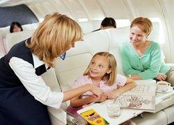 Как предотвратить боль в ушах у ребенка при полете?
