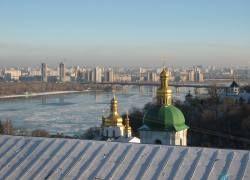 """Из-за новостроек Киев \""""сползает\"""" в Днепр"""