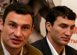 Братьям Кличко предложили $100 000 000 за поединок между собой