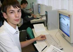 Фурсенко проследит за интернетом в школах