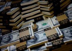 Кризис заваливают деньгами: эффект обещают на следующей неделе