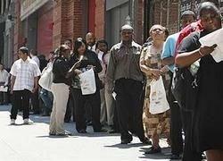 Безработица наступает на самые развитые страны