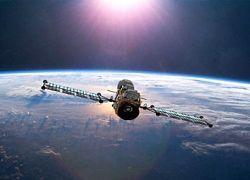 """NASA подсчитало \""""орбитальные мины\"""""""
