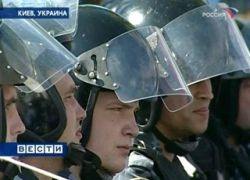Более 100 участников акции памяти националистов задержаны в Киеве