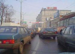Как московские водители развлекают себя в пробках