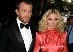 Гай Ричи получит от бывшей жены Мадонны более 100 млн долларов