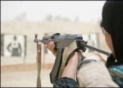 Что может случится, если доверить оружие своей жене?