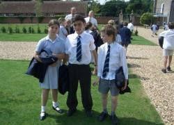 Английским школьникам за хорошее поведение будут платить