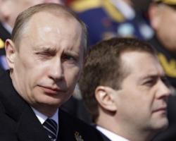 Путин и Медведев - политические мертвецы?